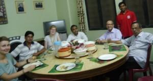 Ann, Fr Chonhas, Ich, Fr Swanoop, Fr. Kareakes, Br. Punam und Fr.Joe