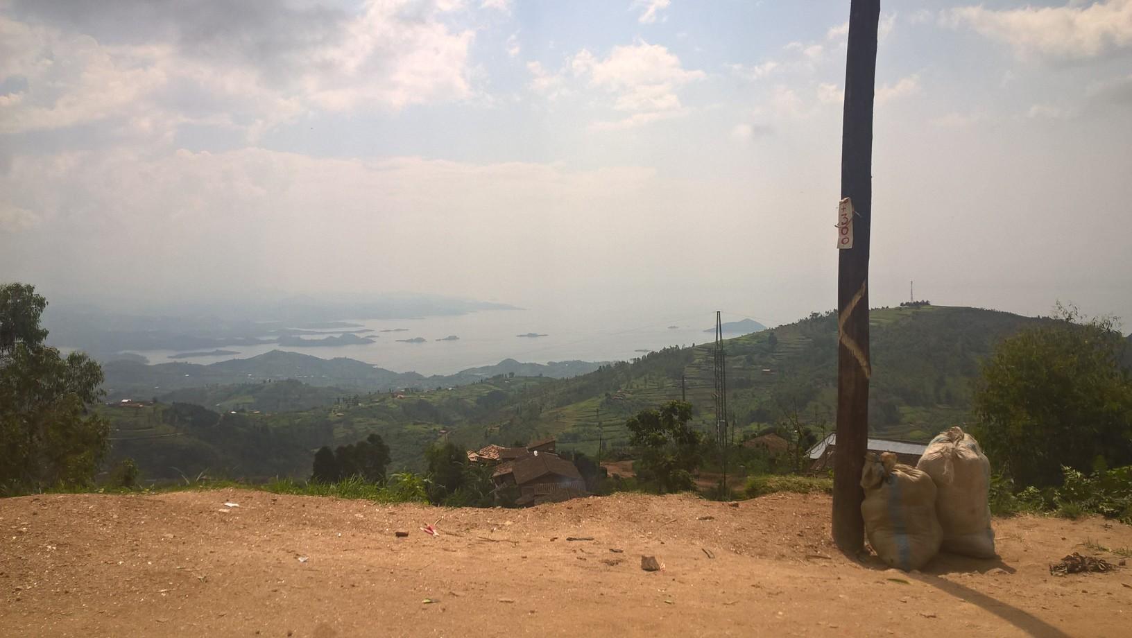 Auf dem Weg nach Gisenyi